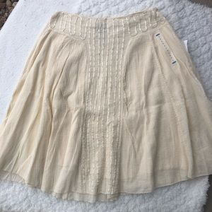 Old navy skirt with ribbon detail in front